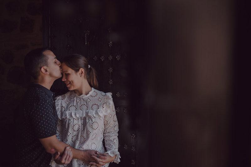 novios pre boda en toledo miguel moba fotógrafo