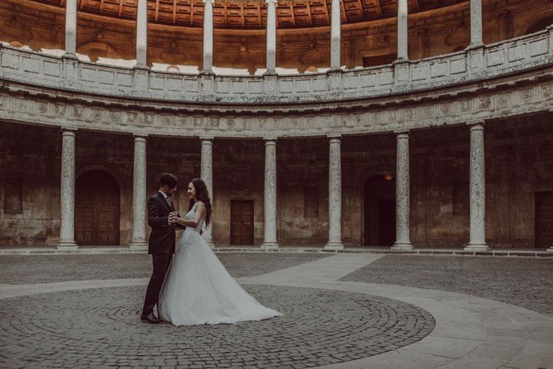 novios palacio carlos v alhambra fotografo miguel moba granada guadix