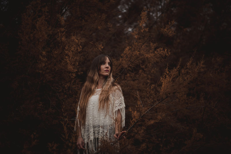 fotografo retrato Granada - judith en el bosque miguel moba fotografo