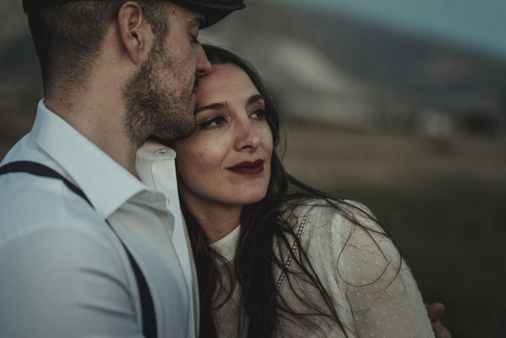 pareja comprometida miguel moba fotografo granada