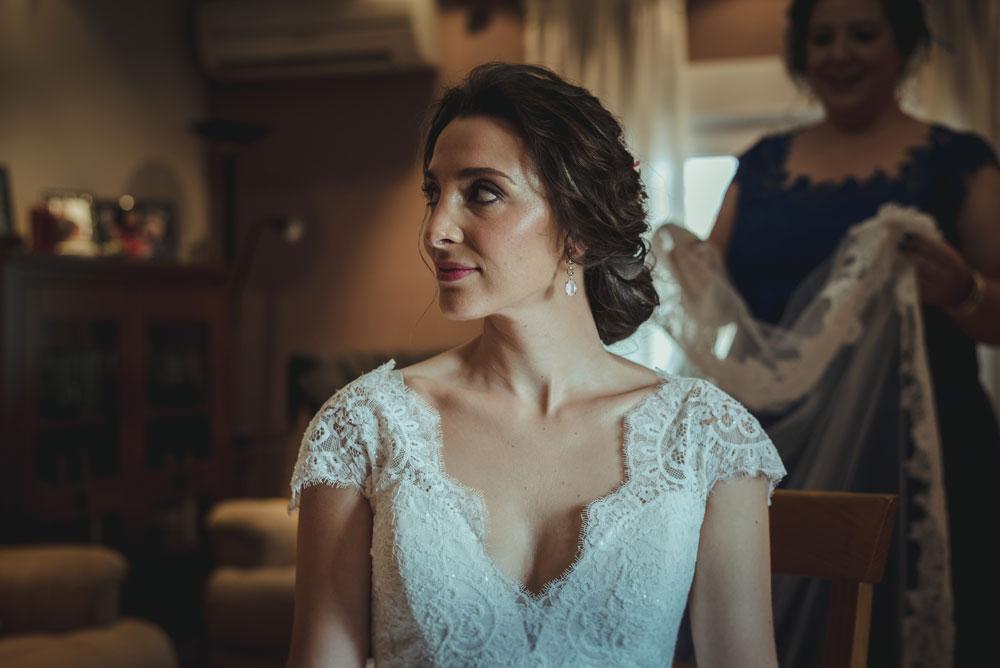 colocación del velo a la novia Miguel Moba Fotografo de Bodas Granada