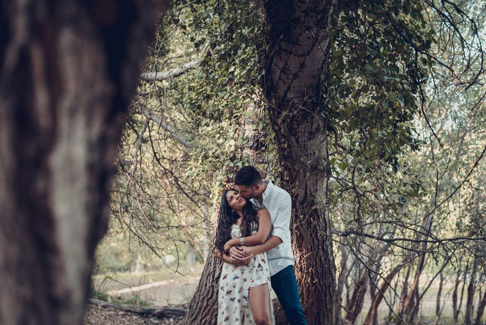 pre boda en el bosque miguel moba fotografo de bodas en granada