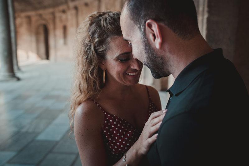 foto íntima recién casados miguel moba fotografo granada